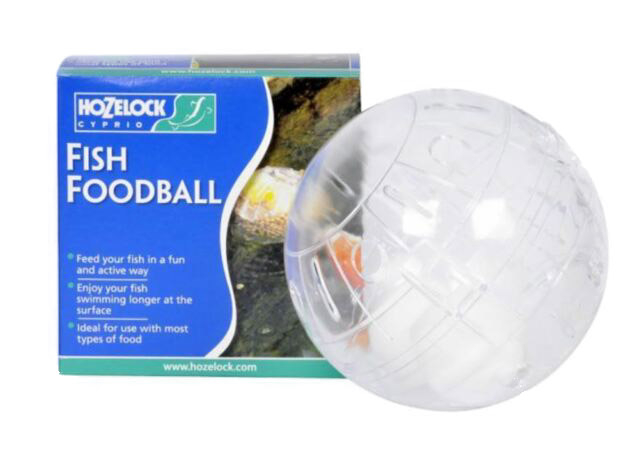 Hozelock Fish Food Ball Feeder 1